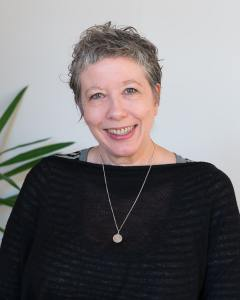 Melbourne-Psychotherapist-Amanda-Robins-counselling-and-psychotherapy-emotional-wellbeing-for-young-people-in-North-Fitzroy